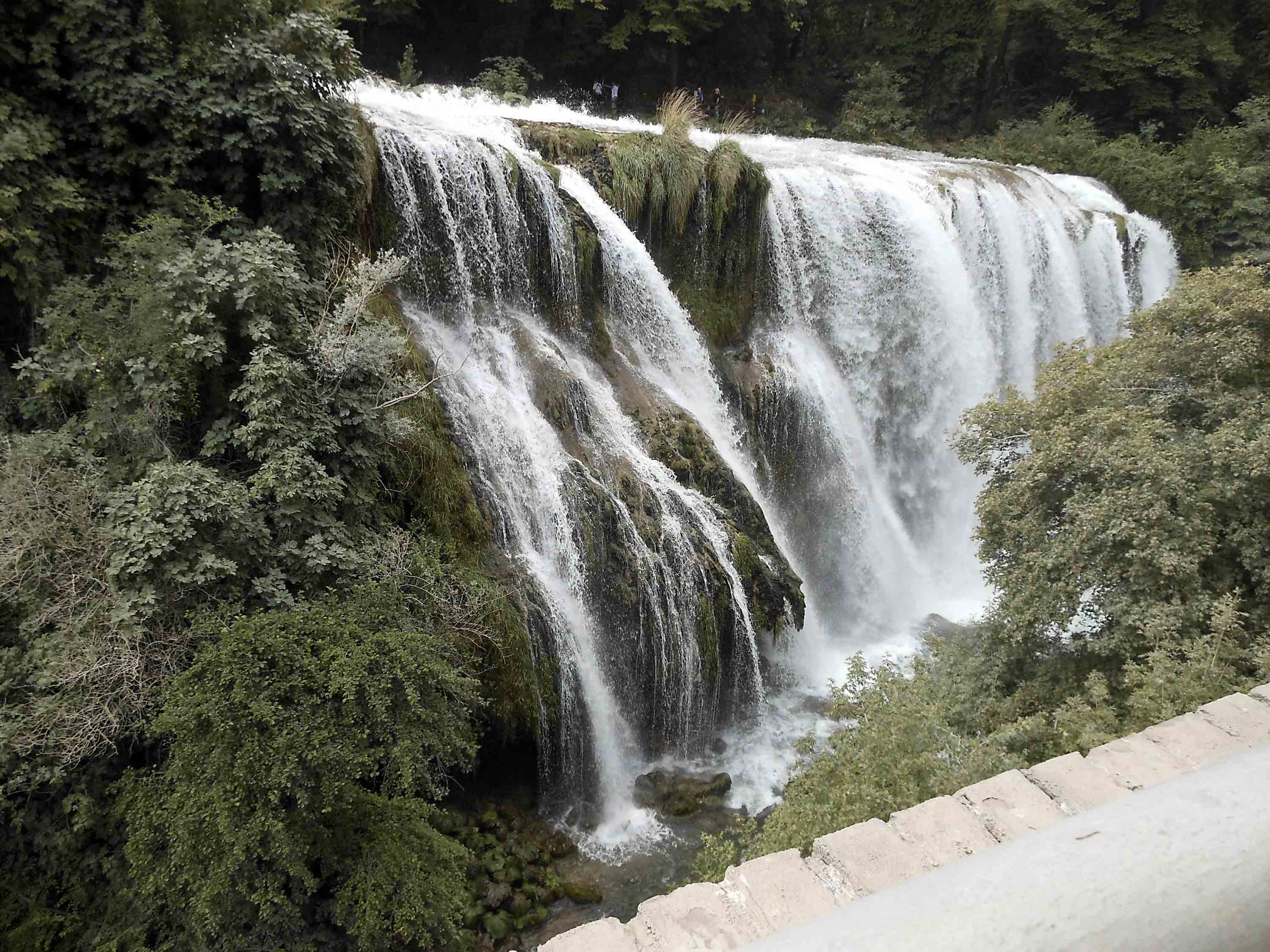 1a-piazzola-cascata1